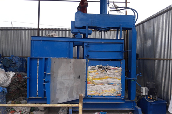 Revolving-Baling-Press-for-Pet-card-board